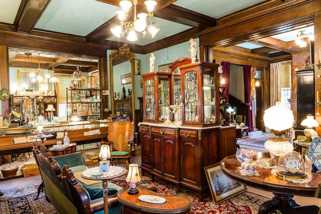 Show & Tell Antiques