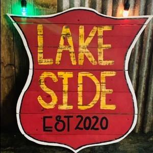 Lakeside Bar & Live Music